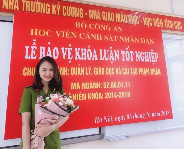 Ngọc Ánh trong ngày tốt nghiệp đại học.