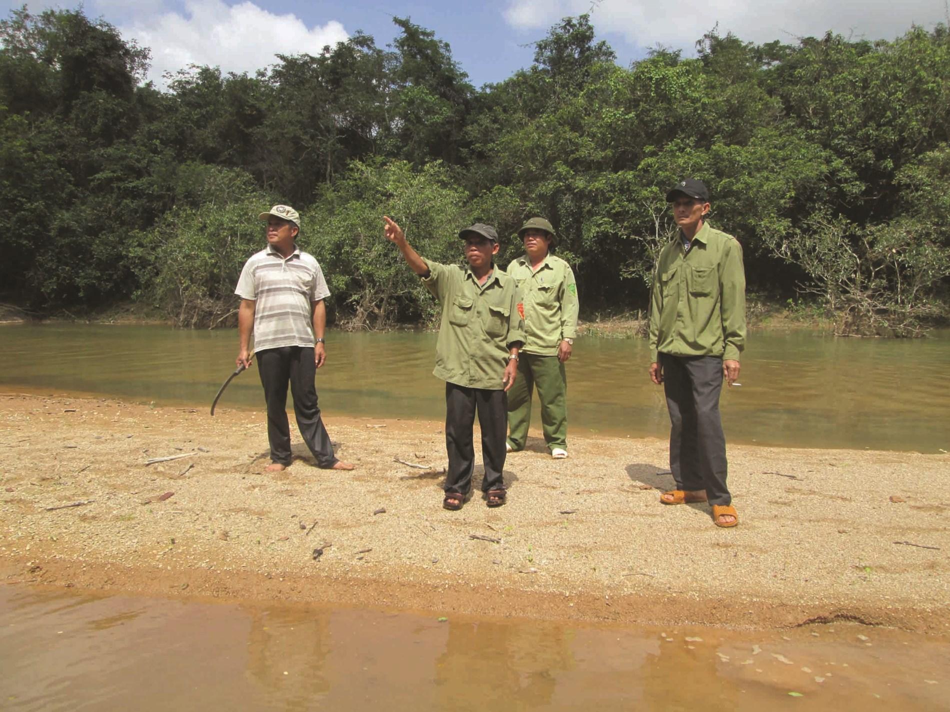 """Xem """"rừng là nhà"""" nên người dân đã chủ động đi tuần tra, kiểm tra bảo vệ rừng"""