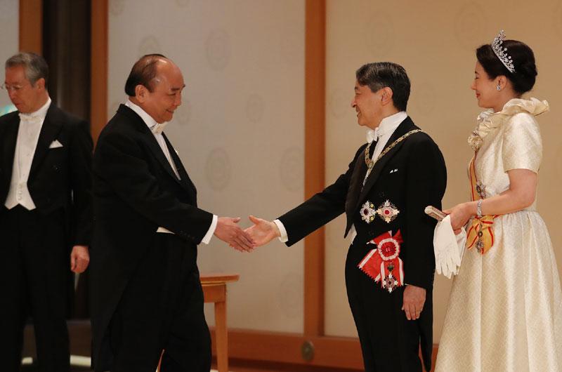 Thủ tướng Nguyễn Xuân Phúc và Nhà Vua Nhật Bản Naruhito