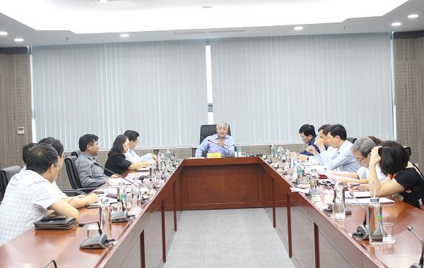 Bộ trưởng, Chủ nhiệm Đỗ Văn Chiến chủ trì phiên họp.