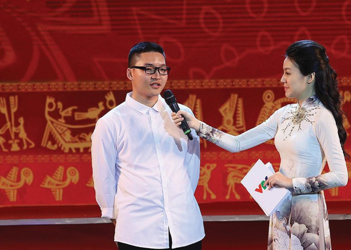 Hồ Hồng Cường chia sẻ cảm nghĩ tại Lễ Tuyên dương học sinh, sinh viên DTTS xuất sắc, tiêu biểu năm 2018.
