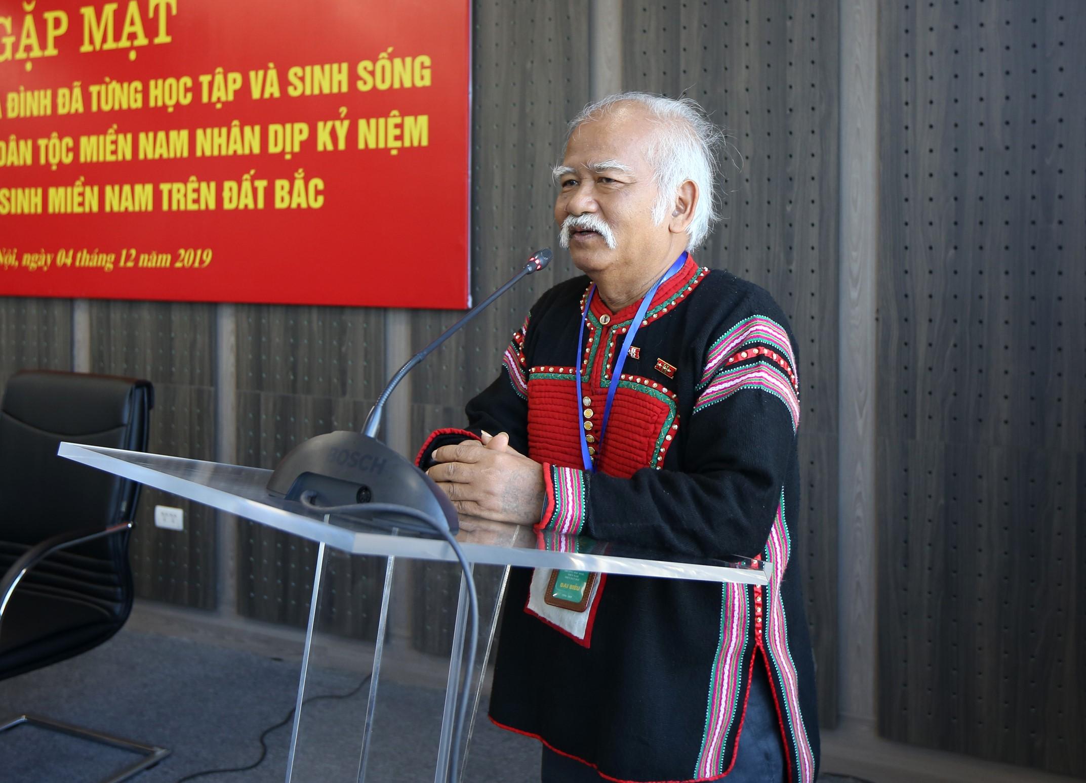Ông Ksor Phước phát biểu tại buổi gặp mặt
