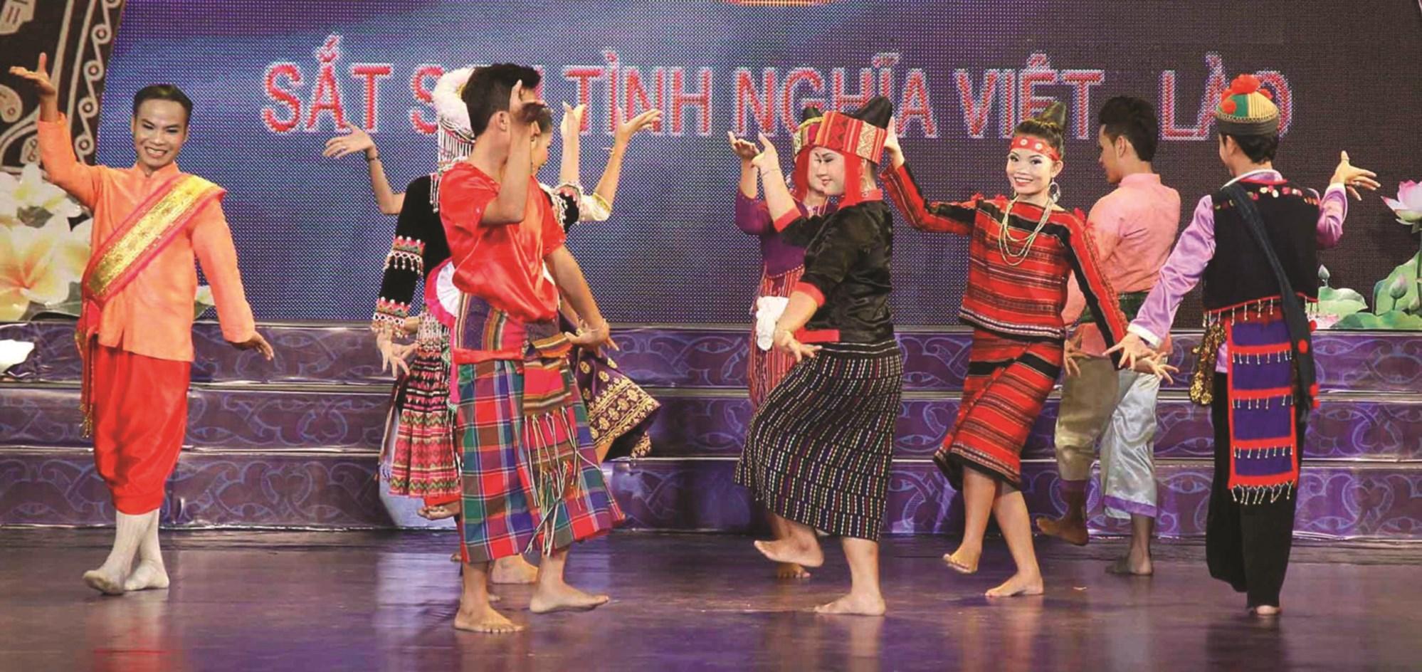 Giao lưu văn hóa Việt - Lào - Ảnh tư liệu