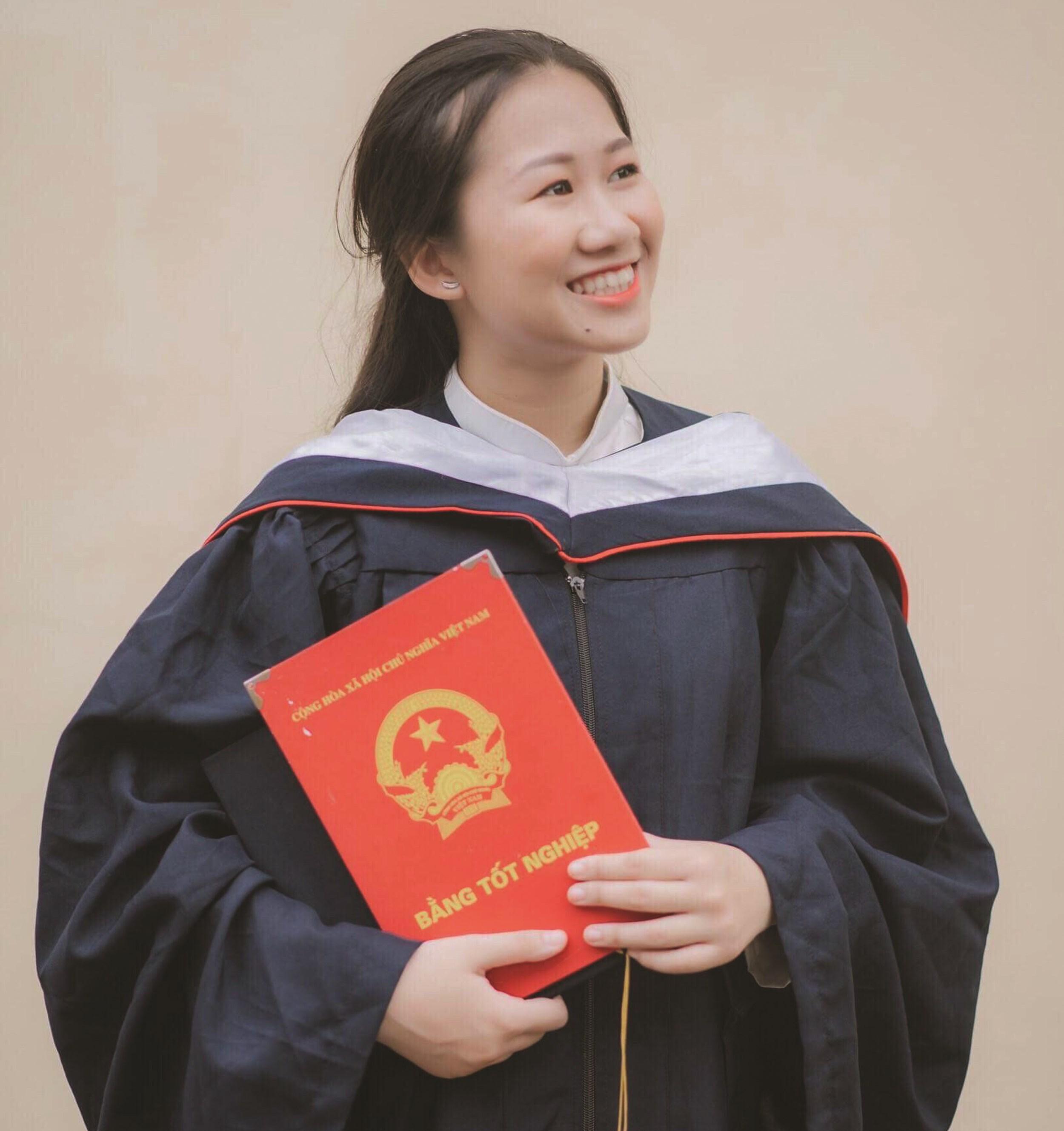 Minh Anh, sinh viên năm thứ nhấy Học viện Ngoại giao