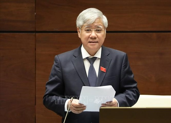 Bộ trưởng, Chủ nhiệm Ủy ban Dân tộc Đỗ Văn Chiến phát biểu giải trình trước Quốc hội