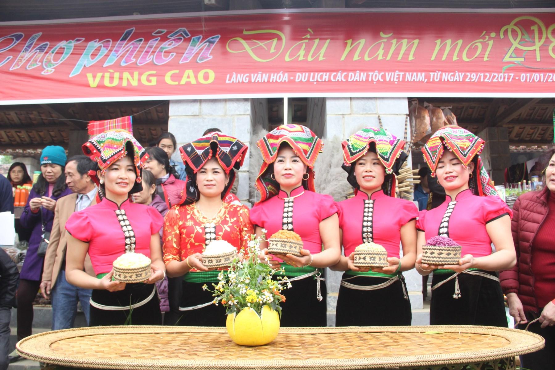Ngày hội là dịp để giới thiệu, quảng bá những nét đặc trưng văn hóa dân tộc Thái