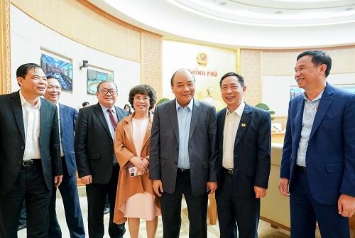 Thủ tướng cùng các đại biểu tại hội thảo. Ảnh: VGP/Quang Hiếu