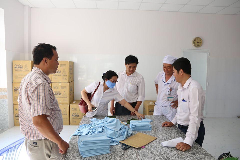 Các đơn vị y tế trên điạ bàn đến tham quan tại khoa Dược, Bệnh viện Phụ sản Cần Thơ