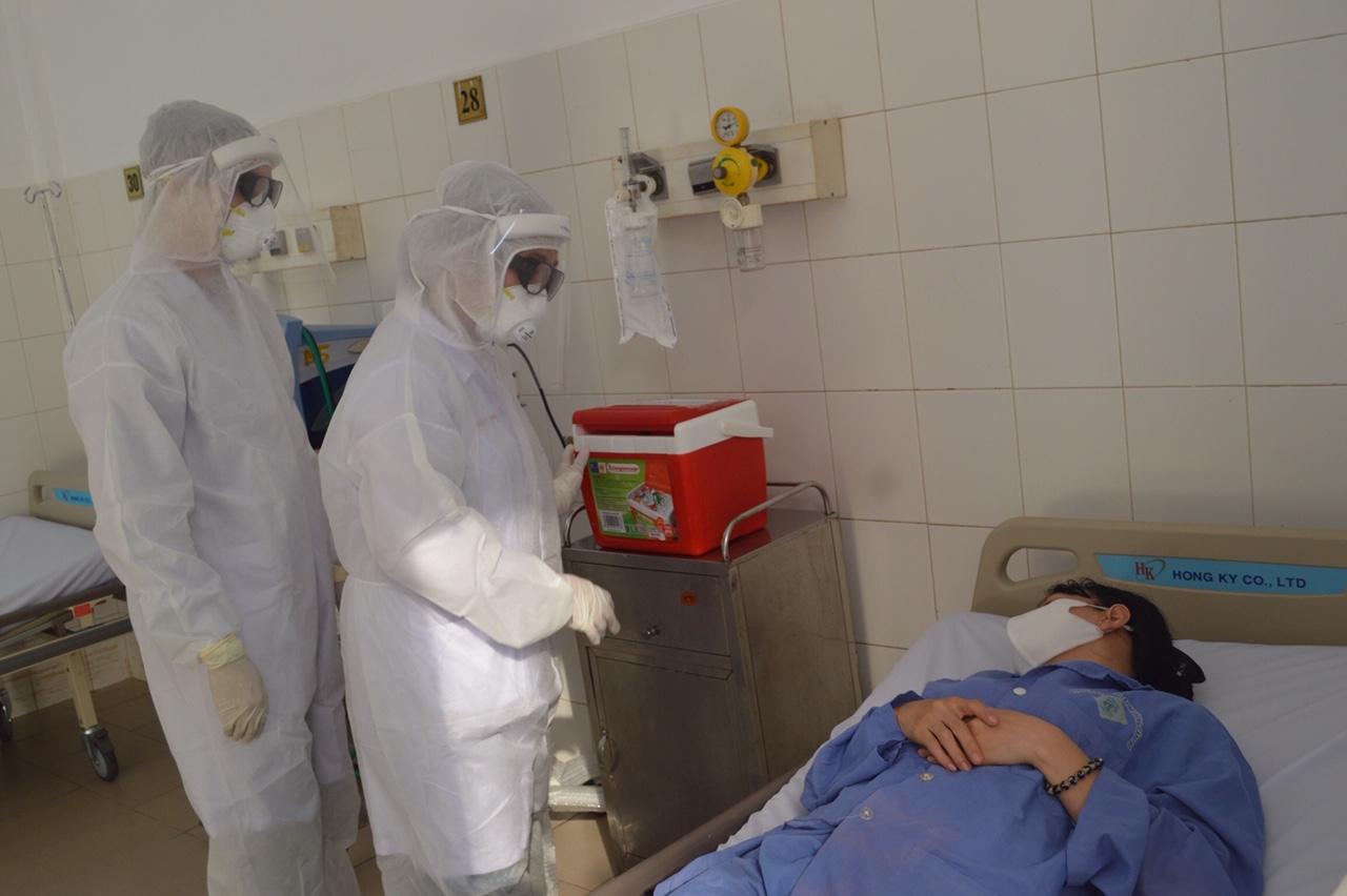 Bệnh viện Đa khoa Trung ương Cần Thơ diễn tập phòng chống dịch Covid - 19