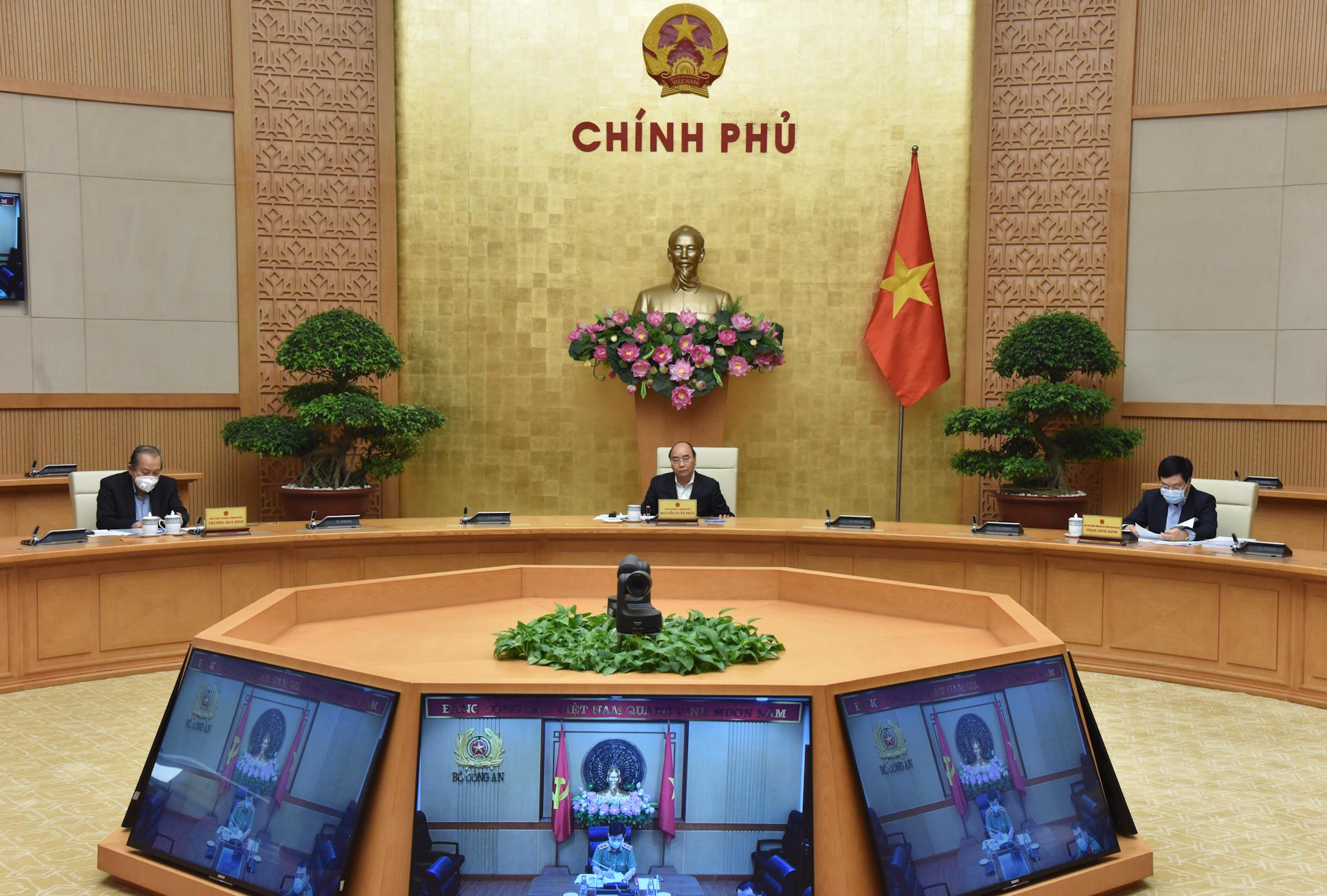 Thủ tướng chủ trì cuộc họp Chính phủ