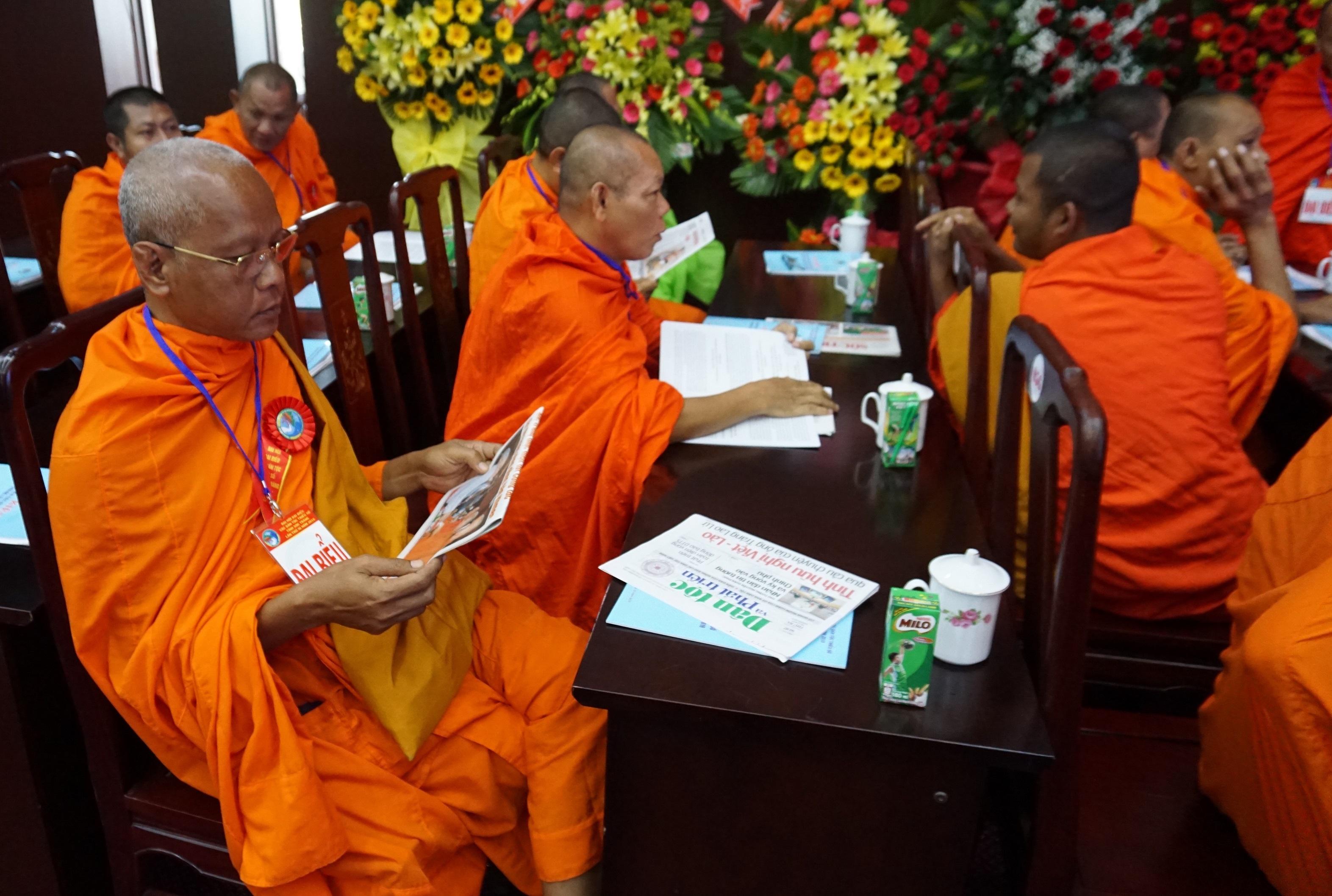 Các chùa cũng sẽ tạm dừng các buổi sinh hoạt tập thể để phòng, chống dịch Covid - 19