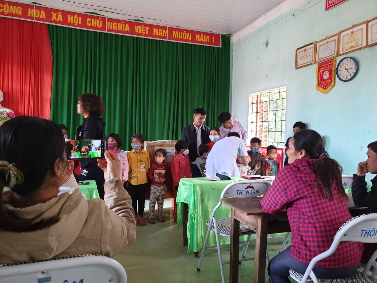Công tác phòng, chống dịch bệnh Covid-19 đã được triển khai tại các xã vùng sâu, vùng xa của huyện Bắc Quang