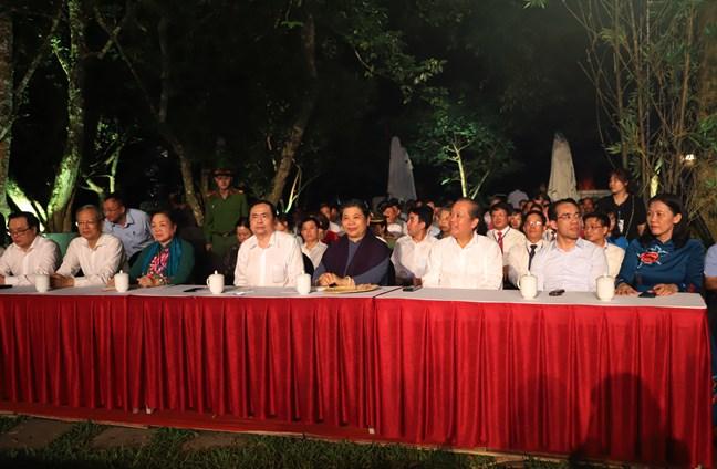 Phó Chủ tịch Thường trực Quốc hội Tòng Thị Phóng, Phó Thủ tướng Thường trực Chính phủ Trương Hòa Bình và Chủ tịch Ủy ban Trung ương MTTQ Việt Nam Trần Thanh Mẫn tại điểm cầu Tuyên Quang
