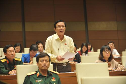 Đại biểu Quốc hội thảo luận về việc thực hiện chính sách, pháp luật về phòng, chống xâm hại trẻ em.