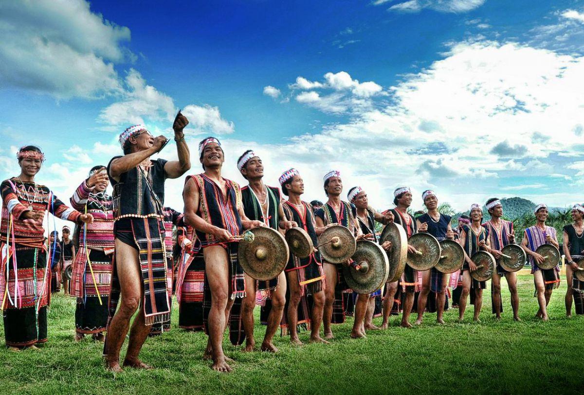 Văn hóa truyền thống của đồng bào DTTS luôn được quan tâm bảo tồn và phát triển.