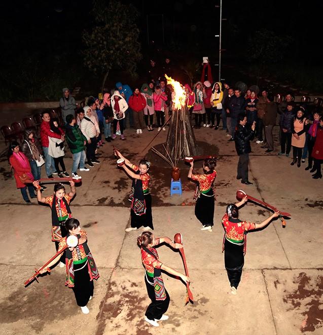 Du lịch cộng đồng ở Mộc Châu (Sơn La) thu hút du khách với nhiều hoạt động hấp dẫn.