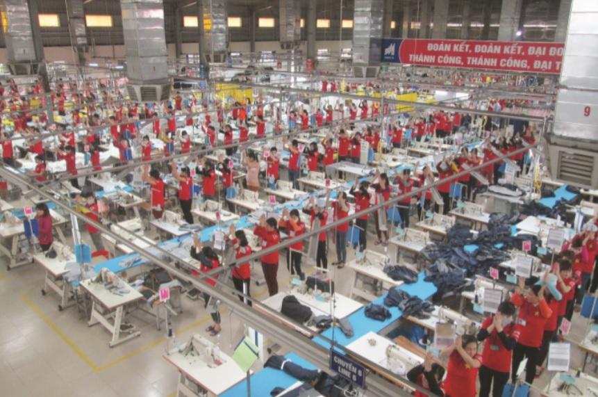 Với mức lương ổn định đã giúp CBCNV-LĐ Công ty yên tâm công tác