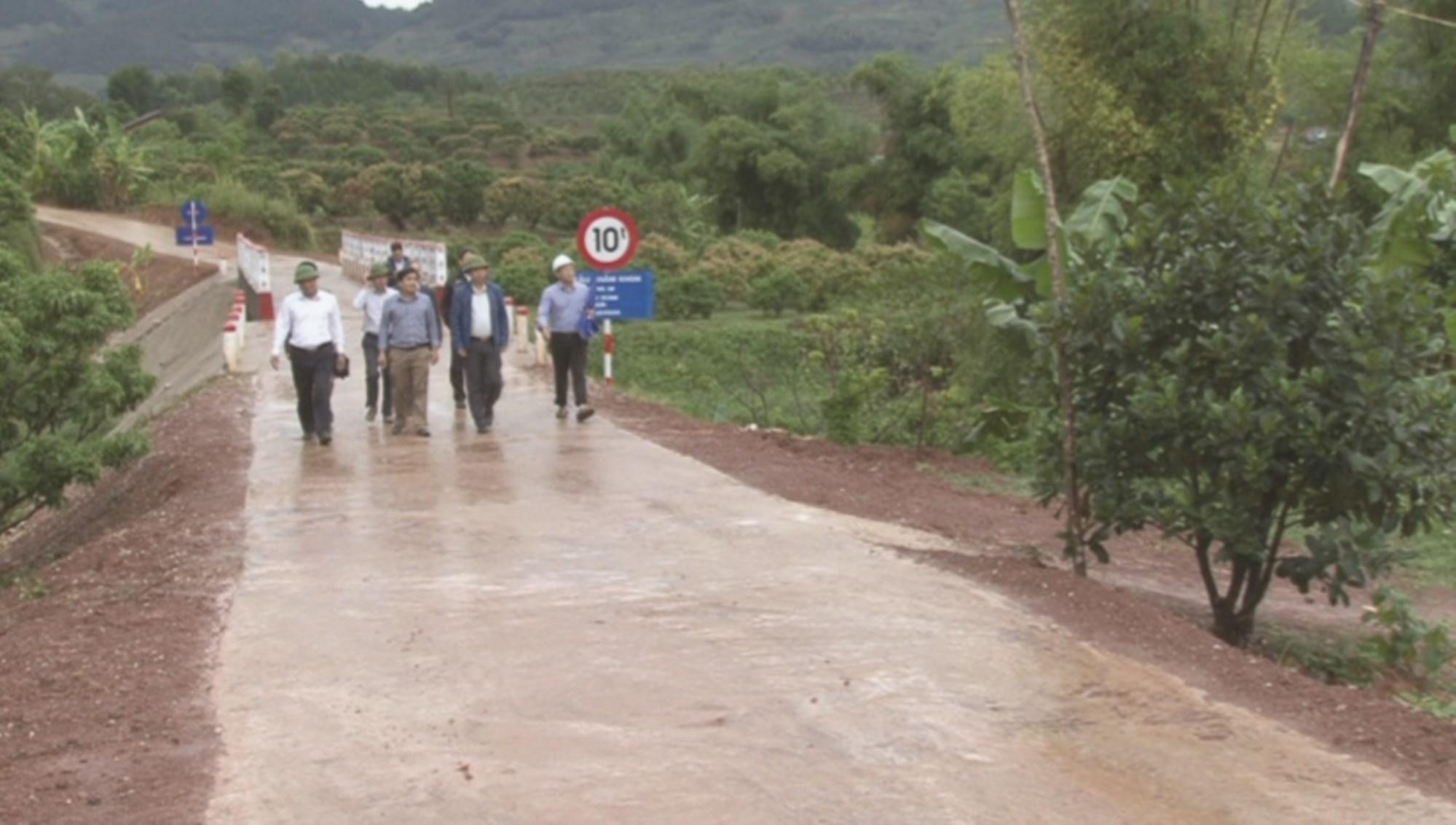 Thực hiện hiệu quả chính sách dân tộc đã góp phần thúc đẩy quá trình hoàn thiện, cơ sở hạ tầng vùng DTTS miền núi.