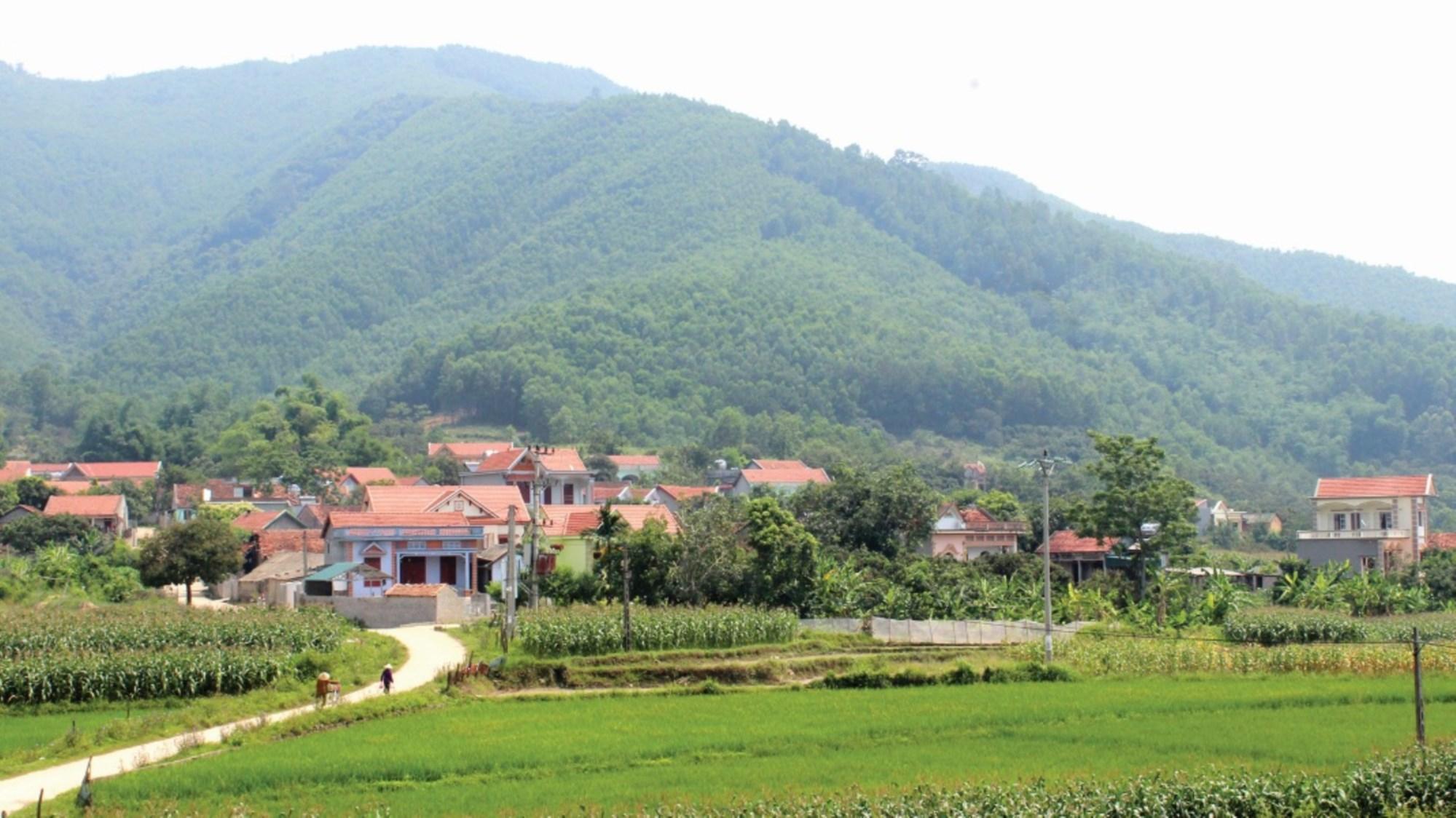 Nguồn lực đầu tư được bố trí hợp lý góp phần thay đổi diện mạo nông thôn, miền núi