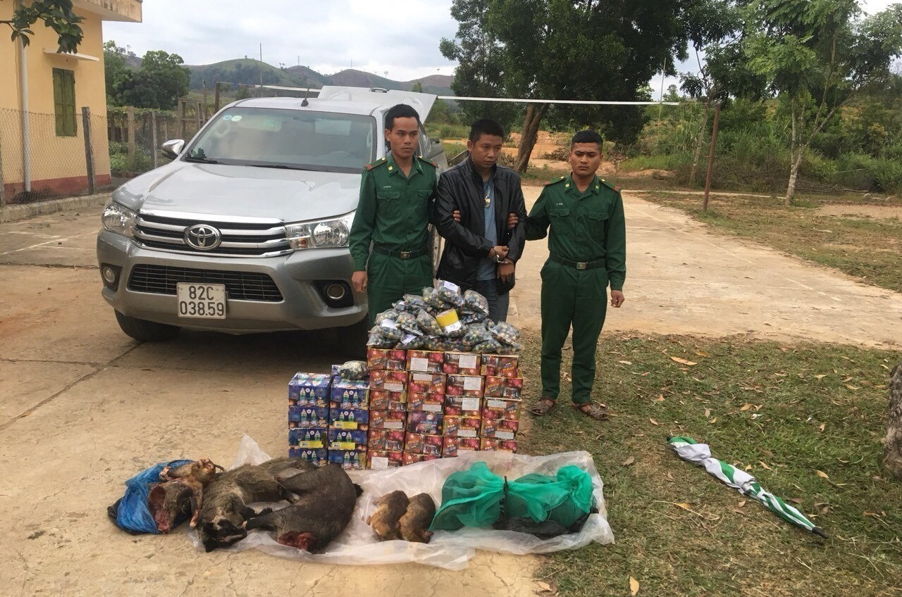 Đối tượng buôn lậu bị bắt giữ tại Kon Tum