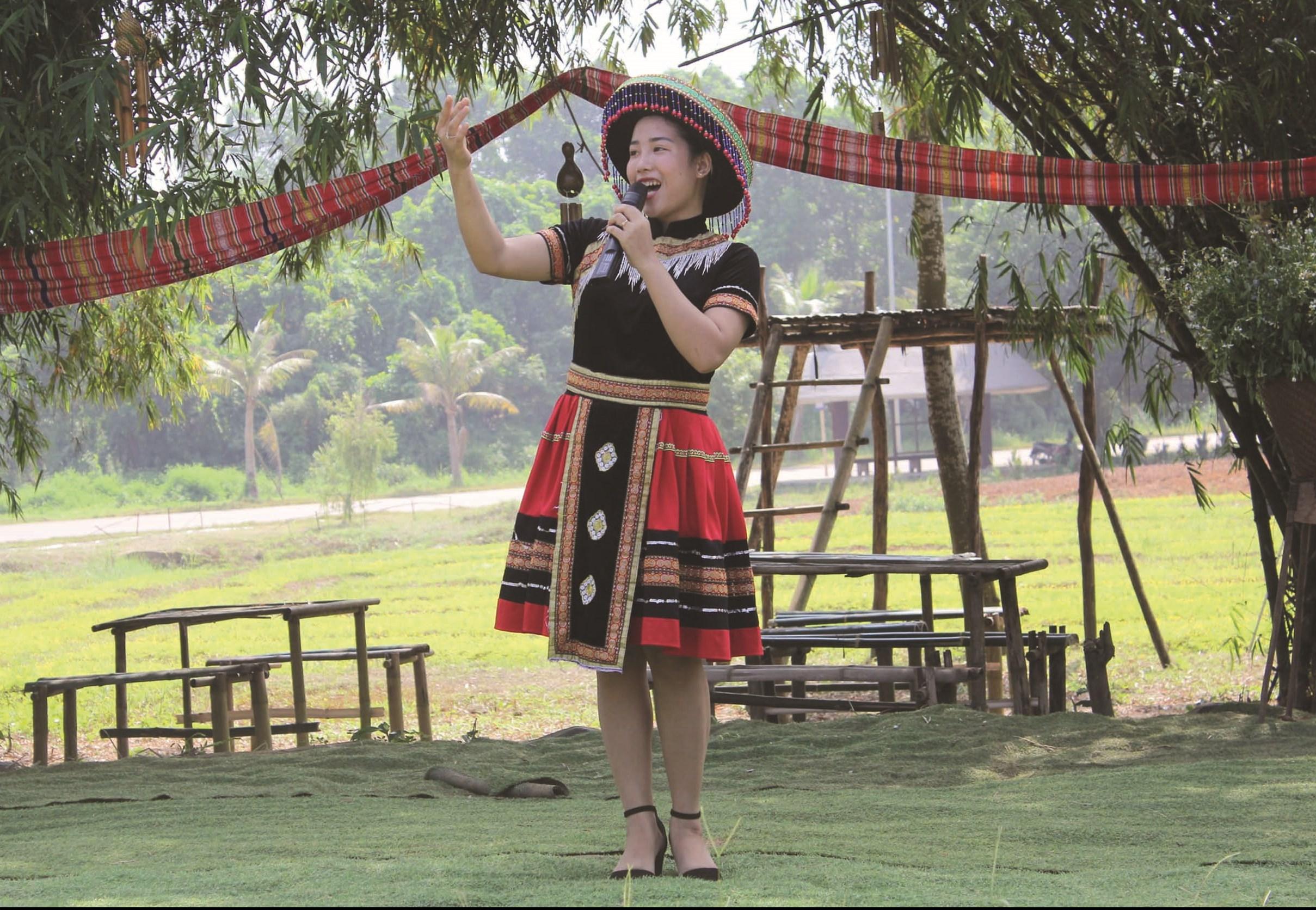 Dân ca là tiếng lòng của người Mông gửi gắm qua câu hát
