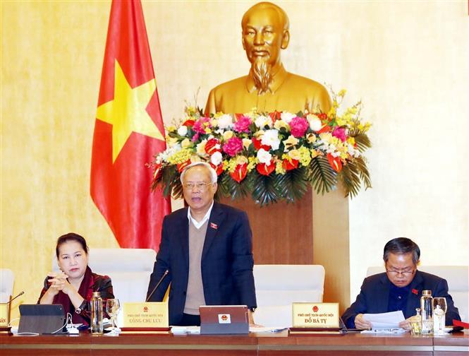 Phó Chủ tịch Quốc hội Uông Chu Lưu phát biểu ý kiến tại phiên họp. Ảnh: Trọng Đức/TTXVN