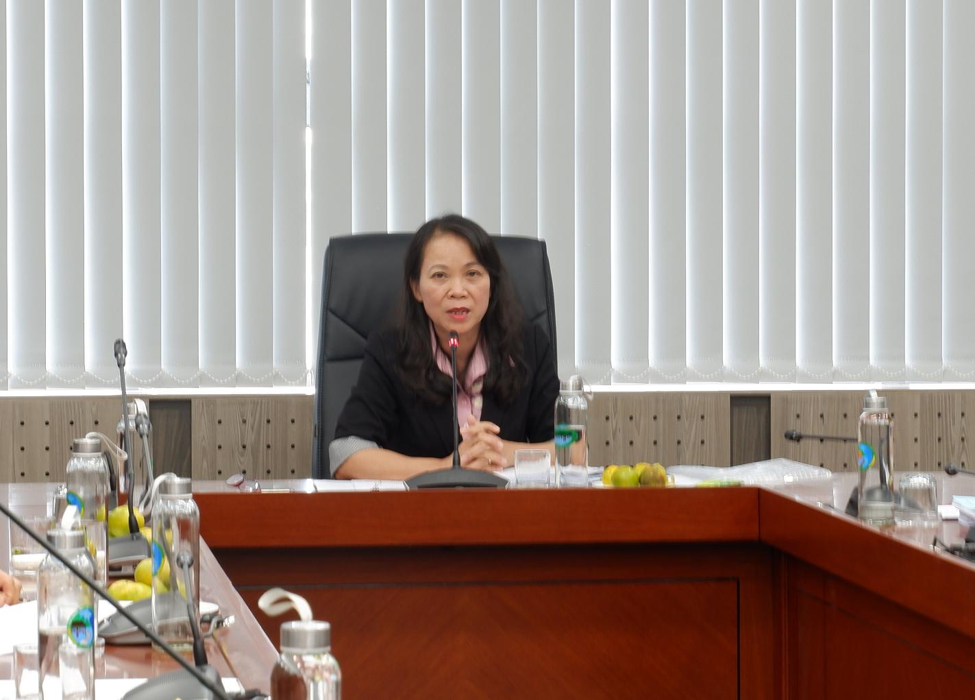 Thứ trưởng, Phó Chủ nhiệm UBDT Hoàng Thị Hạnh, Chủ tịch Hội đồng chủ trì buổi nghiệm thu