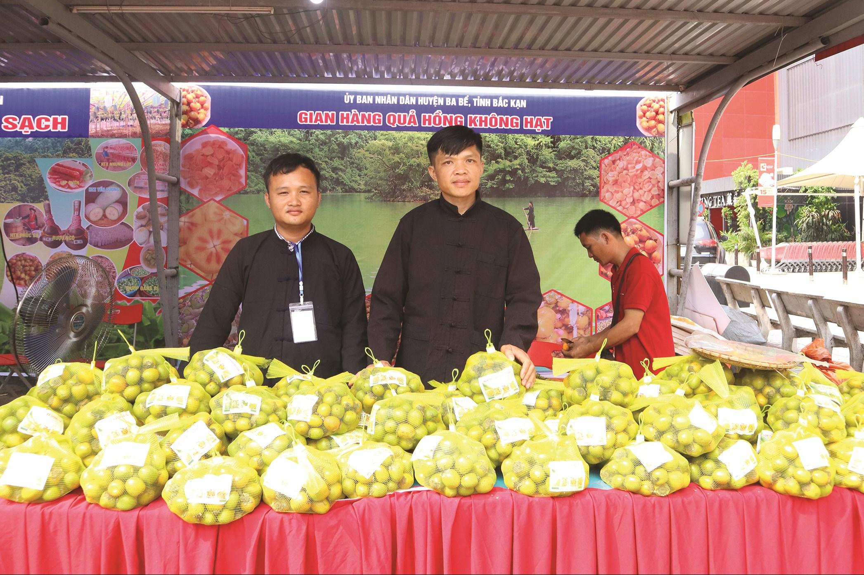 Sản phẩm hồng không hạt của tỉnh Bắc Kạn được cấp chứng nhận VietGAP.