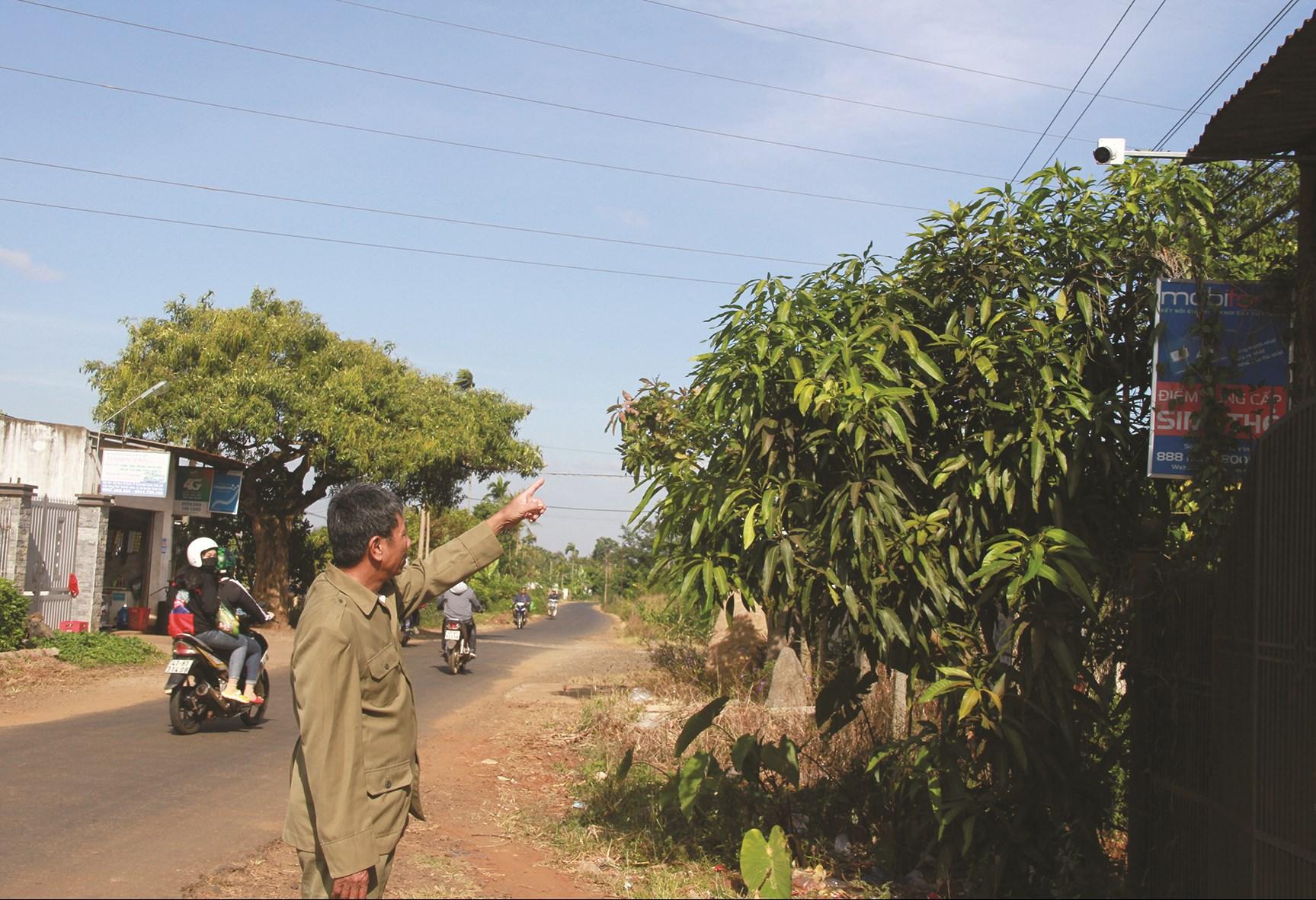 Camera giám sát đường chính vào thôn 4, thị trấn Ea Pốk