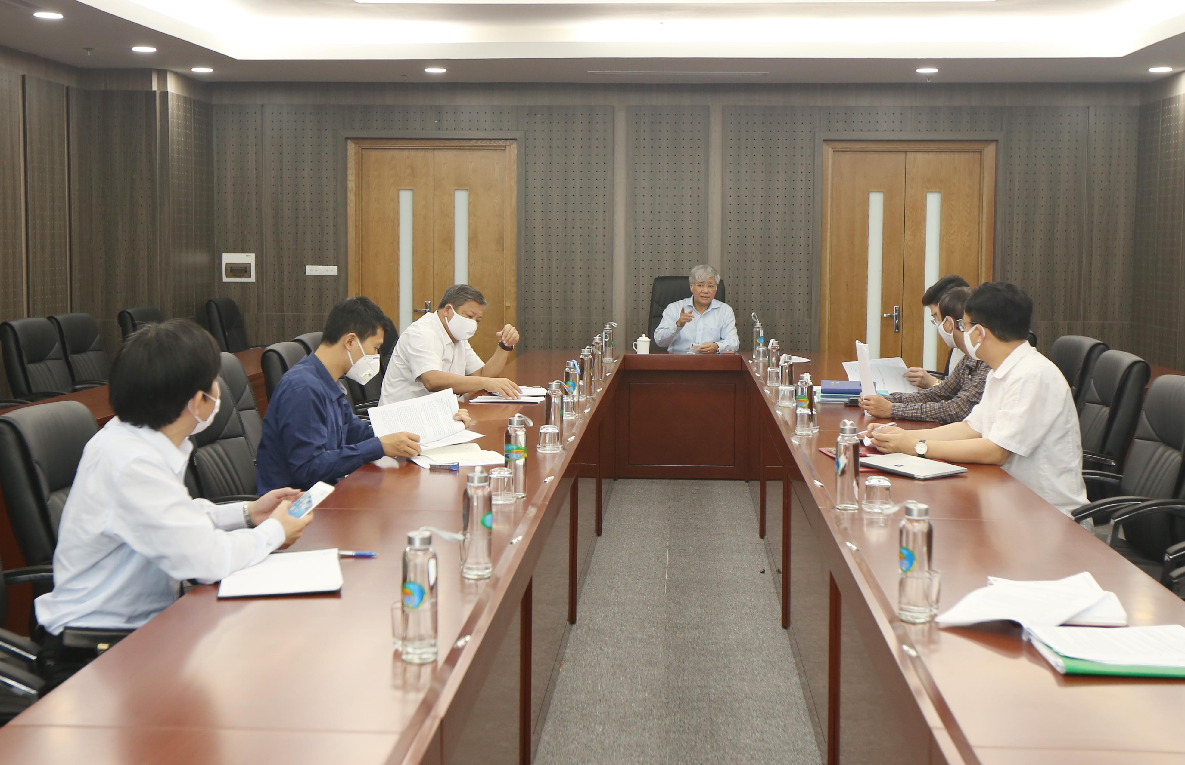 Bộ trưởng, Chủ nhiệm Đỗ Văn Chiến chủ trì buổi họp