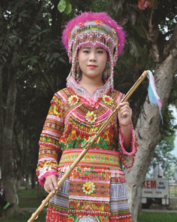 Thiếu nữ dân tộc Mông tỉnh Đăk Nông tham gia Ngày hội văn hóa dân tộc Mông tại tỉnh Hà Giang