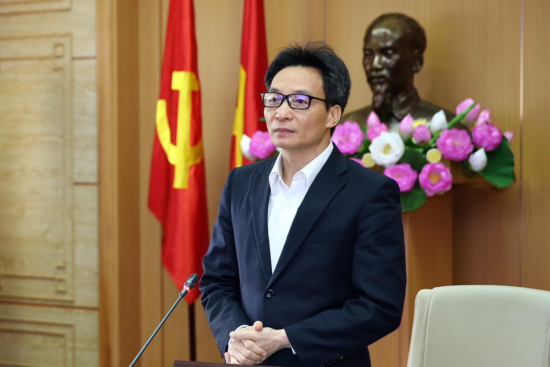 Phó Thủ tướng Vũ Đức Đam: Nếu toàn dân đồng lòng, toàn dân chống dịch thì nhất định chúng ta sẽ chiến thắng. Ảnh: VGP/Đình Nam