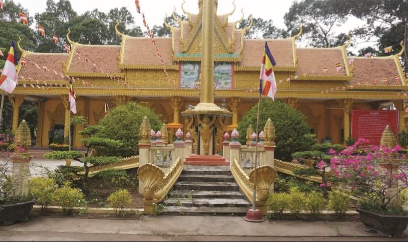 Thực hiện Chỉ thị 16 của Thủ tướng Chính phủ, các chùa của đồng bào Khmer đã không tổ chức đón tết đông người. (Trong ảnh, chùa Hạnh Phúc Tăng, Vĩnh Long)