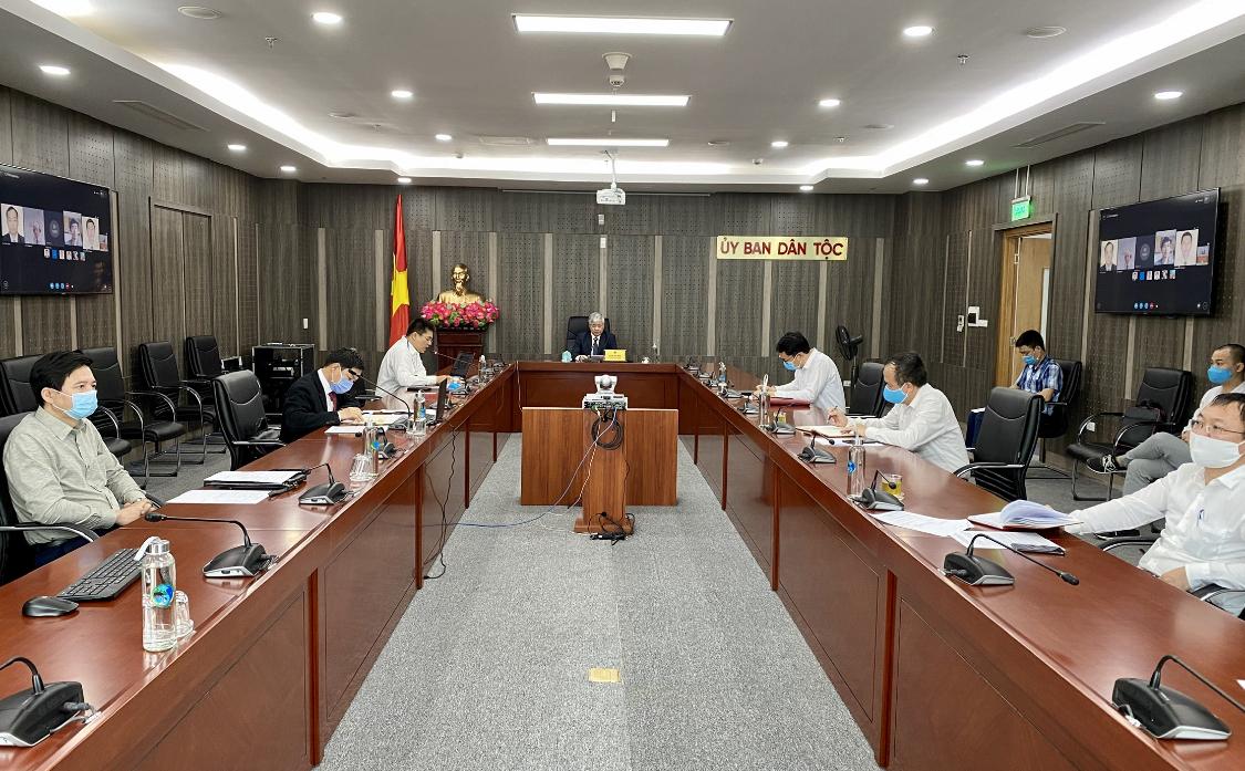 Bộ trưởng, Chủ nhiệm UBDT họp trực tuyến với ADB tại Việt Nam