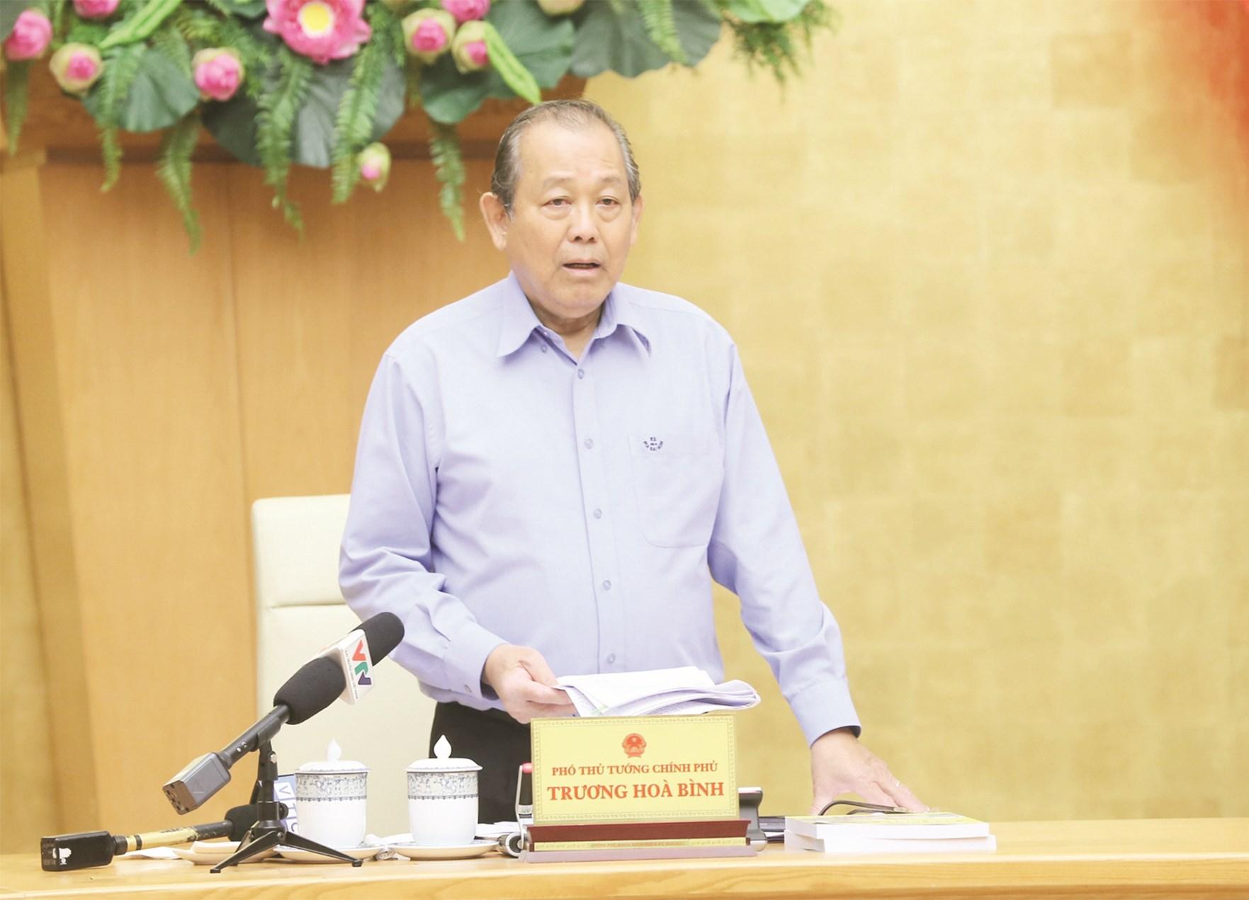 Phó Thủ tướng Thường trực Trương Hòa Bình phát biểu chỉ đạo tại Hội nghị.