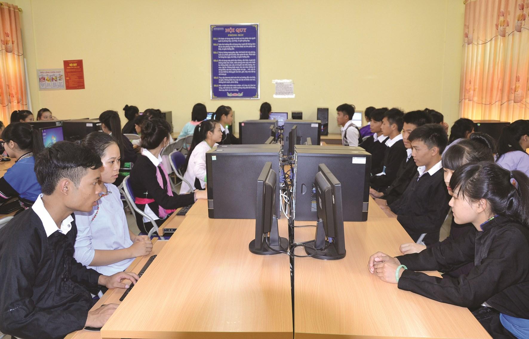 Chất lượng giáo dục con em đồng bào DTTS trên địa bàn tỉnh Lào Cai không ngừng được nâng lên