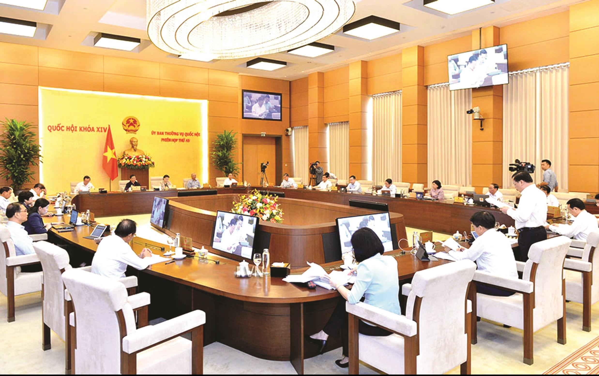 Phiên họp thứ 45 (đợt 2) của Ủy ban Thường vụ Quốc hội