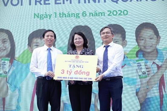 Nhân dịp Tết thiếu nhi, Phó Chủ tịch nước trao tặng tỉnh Quảng Nam khu nhà nội trú cho trẻ em trị giá 3 tỷ đồng