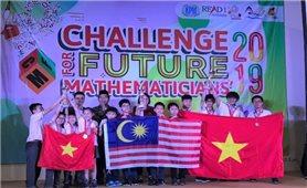 Việt Nam giành giải Nhất toàn đoàn cuộc thi Toán học tại Indonesia