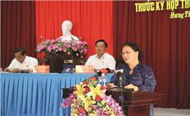 Chủ tịch Quốc hội tiếp xúc cử tri trước kỳ họp thứ 8