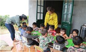 Những cô giáo ở Nhìu Cồ San