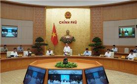 Thủ tướng chủ trì Hội nghị trực tuyến toàn quốc về chống Covid-19