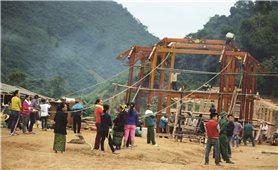 Người Thái gìn giữ nếp nhà sàn