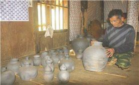 Nghề làm gốm truyền thống của người Thái ở Mường Chanh
