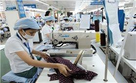 Bảo đảm phòng dịch khi mở lại thị trường lao động - việc làm: Khó mấy cũng phải làm