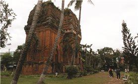 Khai thác giá trị di sản Champa ở Bình Định: Kết hợp bảo tồn với phát triển du lịch