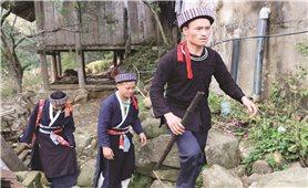 Lễ cưới hỏi của người Mông xanh ở Lào Cai