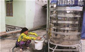 Nước sạch về với đồng bào qua chương trình hỗ trợ téc nước
