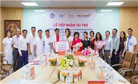 Quỹ Vì Tầm Vóc Việt tài trợ 300 triệu đồng cho Quỹ bệnh nhân nghèo Bệnh viện Phụ sản Trung ương