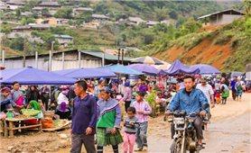 Thăm chợ phiên Cán Cấu, nét văn hóa nguyên sơ còn sót lại tại Lào Cai